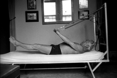 Joe-Pilates-Bednasium-2-72-dpi